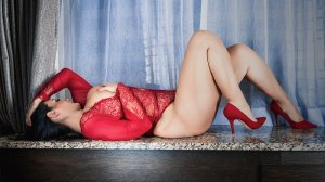 Thuriane escorts in St. Louis Park Minnesota