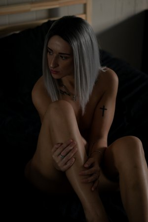 Marie-ena live escort in Phenix City