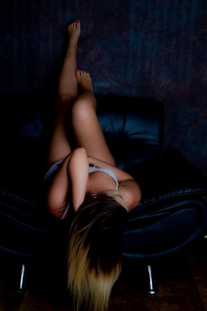 Marie-cécilia escort girl in South Plainfield